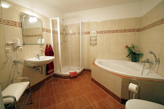 Großes Bad ferienwohnung balance für bis 4 personen im ostseebad sellin